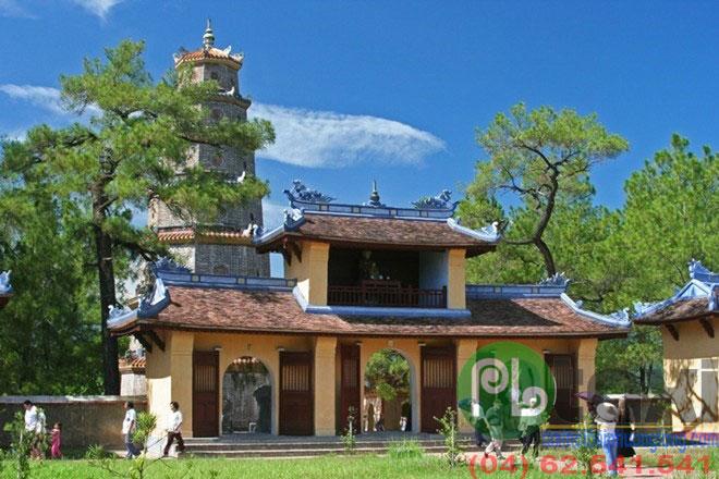 địa điểm du lịch việt nam CHùa Thiên Mụ